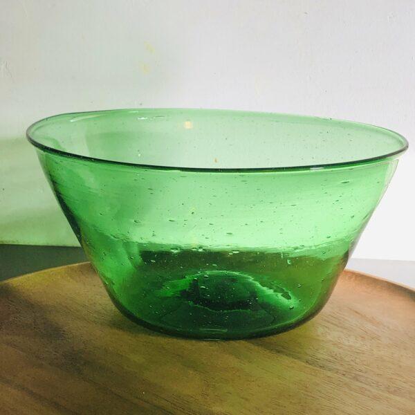 saladier vert en verre soufflé du Caire decoration ethnique chic