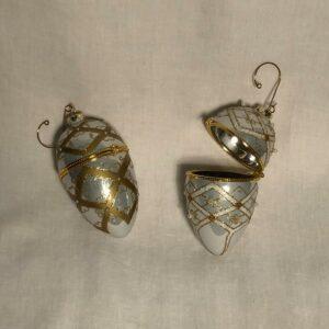 Décoration de Noël style oeuf Fabergé ivoire & doré