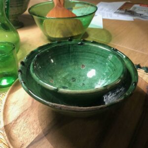 bol saladier vert en poterie marocaine de Tamgroute