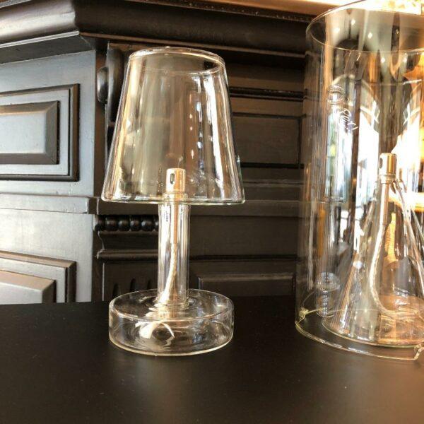 LAMPE A HUILE TRANSLUCIDE INODORE DE CHEZ PERIGLASS BELLE FLAMME UTILISATION EXTERIEUR ET INTERIEUR