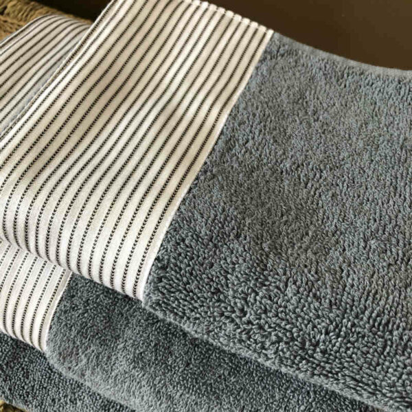 Drap de bain égyptien gris de qualité set de trois dimensions