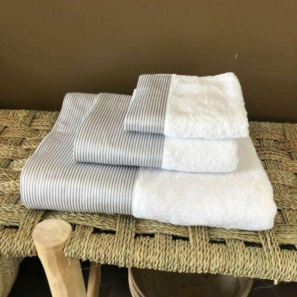 ensemble de serviettes de bain BLANC de coton egyptien, de qualité et unique