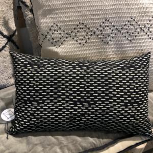 Coussin Sumatra noir coton