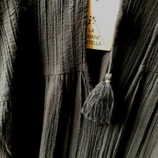Robe gaze de coton a pompons dos dénudé chic boheme