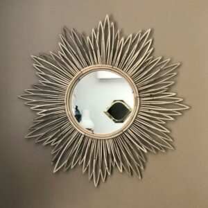 Miroir tendance en rotin 80 cm forme soleil vintage et bohème