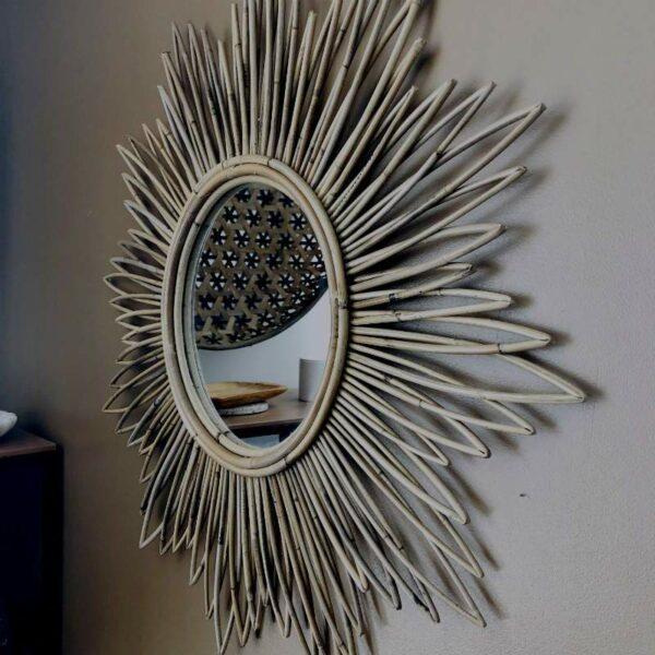 grand miroir soleil en rotin naturel tendance chic et boheme