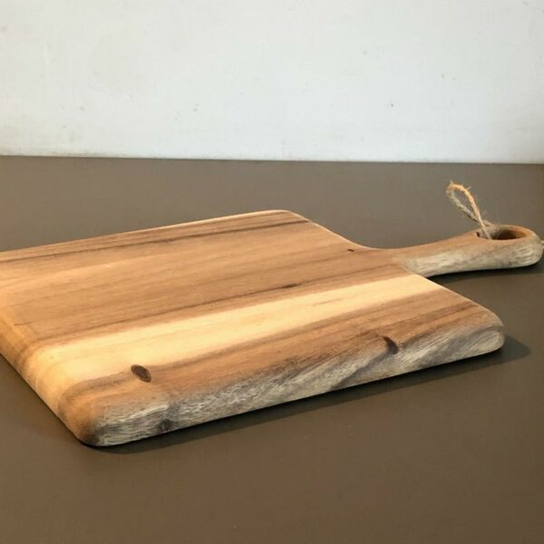 Planche apéro carré en acacia