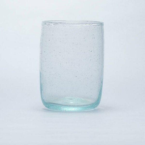 Gobelet en verre soufflé d'Egypte transparent et épuré